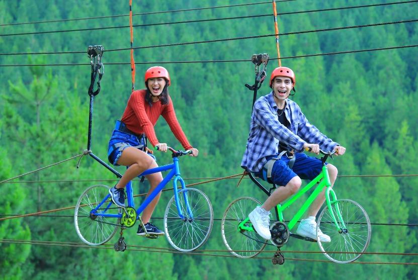 Zip Bike di Tempat Wisata di Lembang The Lodge Maribaya. Sumber website The Lodge Maribaya