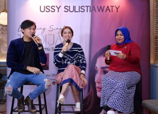 Launching Hadija by Ussy Sulistiawaty