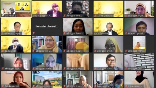 Acara Seminar Online Bersama Diabetasol, Sayangi Dia